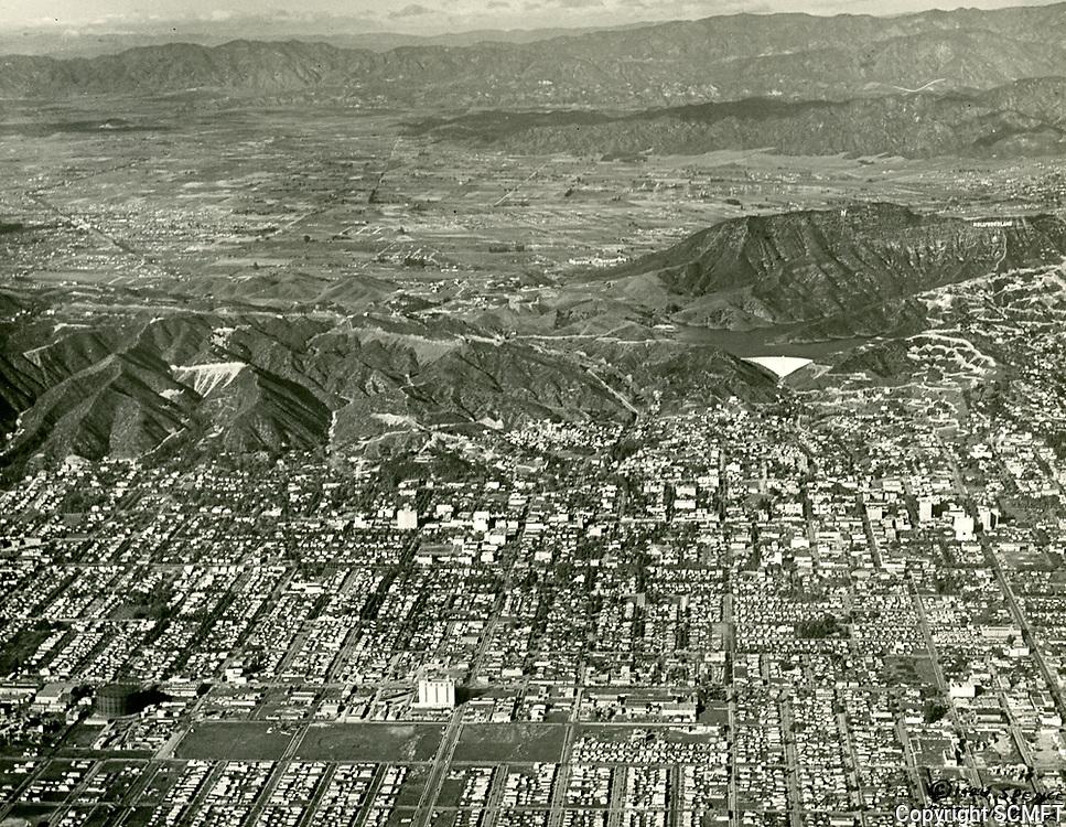 1926 Looking north at Hollywood