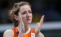 20-08-2016 BRA: Olympic Games day 15, Rio de Janeiro<br /> Het brons zou zijn begroet als was het goud. Maar zo ver kwam het niet voor de Nederlandse volleybalsters. In de strijd om de derde plaats van de Olympische Spelen was wereldkampioen Amerika gewoonweg te sterk (23-25, 27-25, 22-25 en 19-25) / Een huilende Lonneke Sloetjes #10