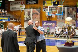 05.06.2019, Volksbank Arena, Gmunden, AUT, ABL, Swans Gmunden vs Kapfenberg Bulls, Finale, 3. Spiel, im Bild v.l.: Assistant Coach, Michael Schrittwieser (Bulls Kapfenberg), Head Coach, Mike Coffin (Kapfenberg Bulls), Head Coach, Bernd Wimmer (Swans Gmunden) // during the Admiral Basketball Bundesliga 3rd final match between Swans Gmunden and Kapfenberg Bulls at the Volksbank Arena in Gmunden, Austria on 2019/06/05. EXPA Pictures © 2019, PhotoCredit: EXPA/ Dominik Angerer