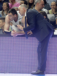 03.12.2015, Palacio de los Deportes, Madrid, ESP, FIBA, EL, Real Madrid vs Fenerbahce Ulker Istanbul, Halbfinale, im Bild Real Madrid's coach Pablo Laso with his player Jonas Maciulis // during thesemifinall Match of the Turkish Airlines Basketball Euroleague between Real Madrid and Fenerbahce Ulker Istanbul at the Palacio de los Deportes in Madrid, Spain on 2015/12/03. EXPA Pictures © 2015, PhotoCredit: EXPA/ Alterphotos/ Acero<br /> <br /> *****ATTENTION - OUT of ESP, SUI*****