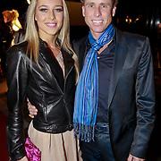 NLD/Den Bosch/20110221 - Premiere Simple the Best tour van Ruth Jacott, Michael Boogerd en schaatspartner Darya Nucci