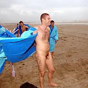 NLD/IJmuiden/20060621 - Skinnydip 2006 radio omroep Caz met Timur Perlin