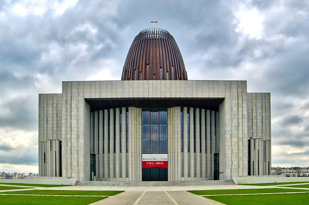 Świątynia Opatrzności Bożej w Warszawie.<br /> Temple of Divine Providence in Warsaw.