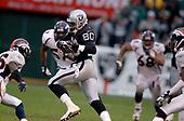 NFL-Denver Broncos at Oakland Raiders-Nov 30, 2003