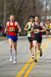2013 Boston Marathon: Robin Watson, Canada leads race early with Americans Hartmann, Cabada