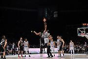 Justin Knox, Kenny Lawson<br /> Segafredo Virtus Bologna - Kontatto Fortitudo Bologna<br /> Campionato Basket LNP 2016/2017<br /> Bologna 06/01/2017<br /> Foto Ciamillo-Castoria