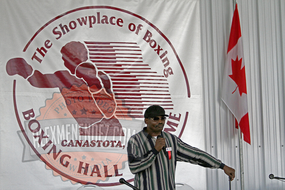 """Marlon """"Magic Man"""" Starling speaks during the 23rd Annual induction weekend opening ceremony at the International Boxing Hall of Fame on Thursday, June 7, 2012 in Canastota, NY. (AP Photo/Alex Menendez)"""