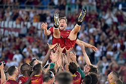 As Roma vs Genoa as part of Series A at the Stadio Olimpico in Rome, Italy. 28 May 2017 Pictured: Francesco Totti lanciato in aria dai compagni Francesco Totti thrown into the air by team mates. Photo credit: Insidefoto / MEGA TheMegaAgency.com +1 888 505 6342