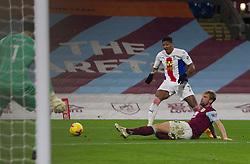 Charlie Taylor of Burnley (R) blocks a shot from Patrick van Aanholt of Crystal Palace - Mandatory by-line: Jack Phillips/JMP - 23/11/2020 - FOOTBALL - Turf Moor - Burnley, England - Burnley v Crystal Palace - English Premier League