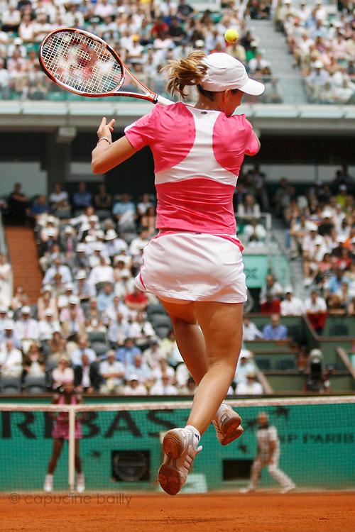 Roland Garros. Paris, France. June 5th 2007..1/4 Finals..Justine HENIN against Serena WILLIAMS.