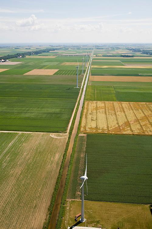 Nederland, Noord-Holland, Wieringermeer, 14-07-2008; windmolenpark in de Wieringermeerpolder, gezien in zuidelijke richting naar het IJsselmeer. .luchtfoto (toeslag); aerial photo (additional fee required); .foto Siebe Swart / photo Siebe Swart