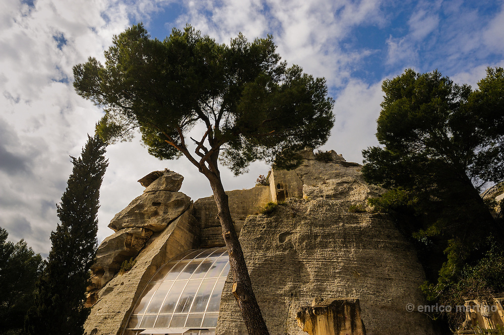 Les Alpilles, Les Baux. The Espace Baume in the bowels of the Val d'enfer that, according to legend, inspired Dante's Divine Comedy. The Espace Baume has been created by Daniel, a local artist, in a abandoned quarry and now is a location for events.