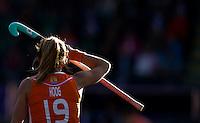 DEN HAAG - Ellen Hoog bij tegenlicht tijdens de wedstrijd tussen de vrouwen van Nederland en Belgie voor de World Cup hockey 2014. ANP KOEN SUYK