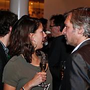 NLD/Amsterdam/20110209 - Premiere Blind Vertrouwen, Victor Reinier en vriendin