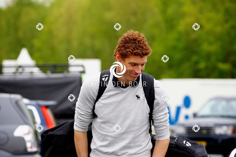 BADHOEVEDORP - De DON Masters is een celebrity golftoernooi, waarbij iedere flight bestaat uit 3 deelnemers en 1 bekende Nederlander. Het toernooi plaats op Golfclub The International. Met op de foto  Bas van de Goor. FOTO LEVIN DEN BOER - PERSFOTO.NU
