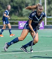 AMSTELVEEN - Kiki Rozemeijer (Pinoke)  tijdens de oefenwedstrijd tussen de dames van Bloemendaal en Pinoke   ter voorbereiding van het hoofdklasse hockeyseizoen 2020-2021.  COPYRIGHT KOEN SUYK