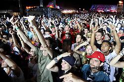 Público no show do Emicida no palco Pretinho Convida no Planeta Atlântida 2013/SC, que acontece nos dias 11 e 12 de janeiro no Sapiens Parque, em Florianópolis. FOTO: Marcos Nagelstein/Preview.com
