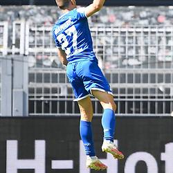 27.06.2020, xmeix, 1.Fussball Bundesliga, Borussia Dortmund - TSG 1899 Hoffenheim, empor. v.l.n.r, <br /> Jubel zum 0:4 fuer Hoffenheim durch Andrej Kramaric (TSG 1899 Hoffenheim)<br /> <br /> <br /> <br /> Foto: Sascha Meiser/APF/Pool/PIX-Sportfotos<br /> <br /> Nur für journalistische Zwecke!<br /> Only for editorial use!<br /> Nutzungsbedingungen: http://poolbilder.de/nutzungsvereinbarung.pdf<br /> <br /> Foto © PIX-Sportfotos *** Foto ist honorarpflichtig! *** Auf Anfrage in hoeherer Qualitaet/Aufloesung. Belegexemplar erbeten. Veroeffentlichung ausschliesslich fuer journalistisch-publizistische Zwecke. For editorial use only. DFL regulations prohibit any use of photographs as image sequences and/or quasi-video.