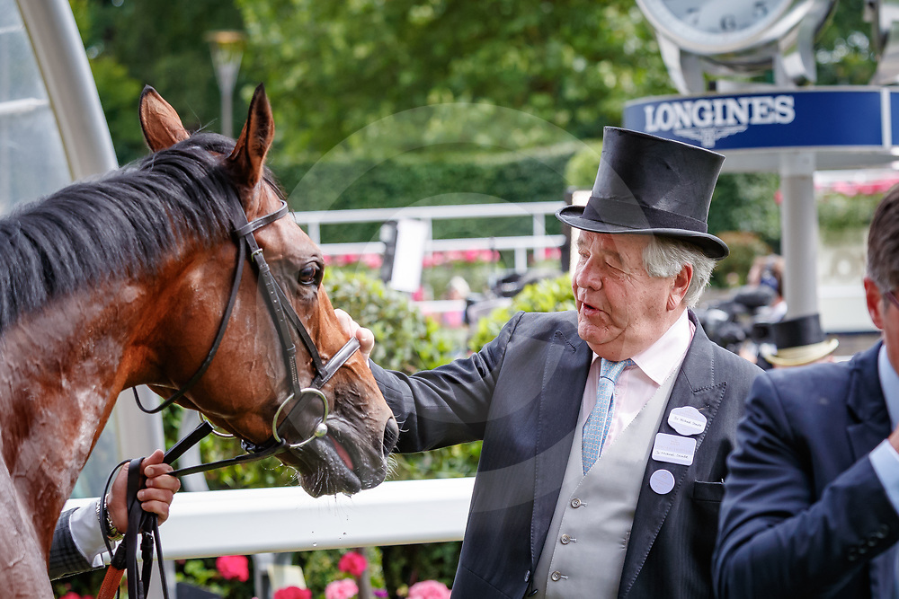 Crystal Ocean and Sir Michael Stoute after The Hardwicke Stakes Gr.2 at Royal Ascot, 23/06/2018, photo: Zuzanna Lupa