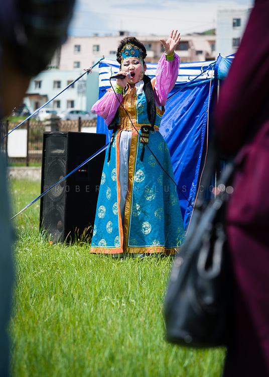 Traditional singer at the Nadaam Festival, Erdenet, Mongolia. Photo © Robert van Sluis - www.robertvansluis.com