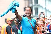 Aankomst  bij de openingswedstrijd van WEURO2017, het EK voetbal vrouwen gehouden in de Stadion Galgenwaard Utrecht<br /> <br /> Op de foto:  Mandy van den Berg