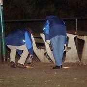 Schietpartij Brink Muiderberg, 3 gewonden, tussen skinheads en Marokkanen, onderzoek technische recherche, sporenonderzoek, reukgeuren