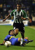 Fotball<br />22/10/03 - BOCA JUNIORS FROM ARGENTINA (0) VS. ATLETICO NACIONAL FROM COLOMBIA (1) - SOUTH AMERICAN CUP - Buenos Aires - Argentina.<br />ALVAREZ (BOCA) and RICOURTE (NAC.)<br />Foto: Digitalsport