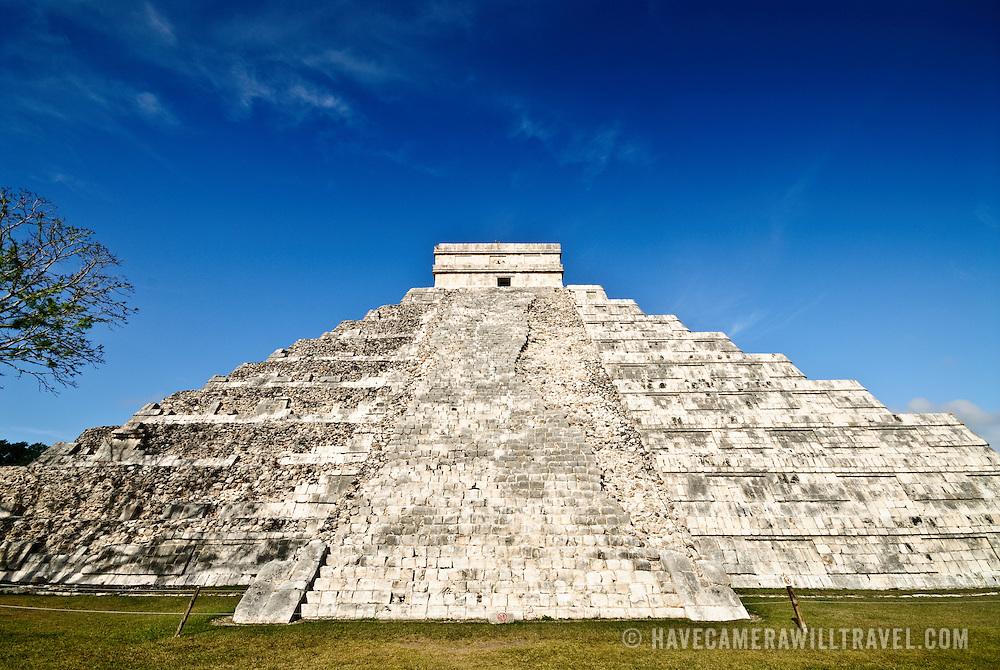 El Castillo (also known as Temple of Kuklcan) at the ancient Mayan ruins at Chichen Itza, Yucatan, Mexico 081216092634_1915.NEF