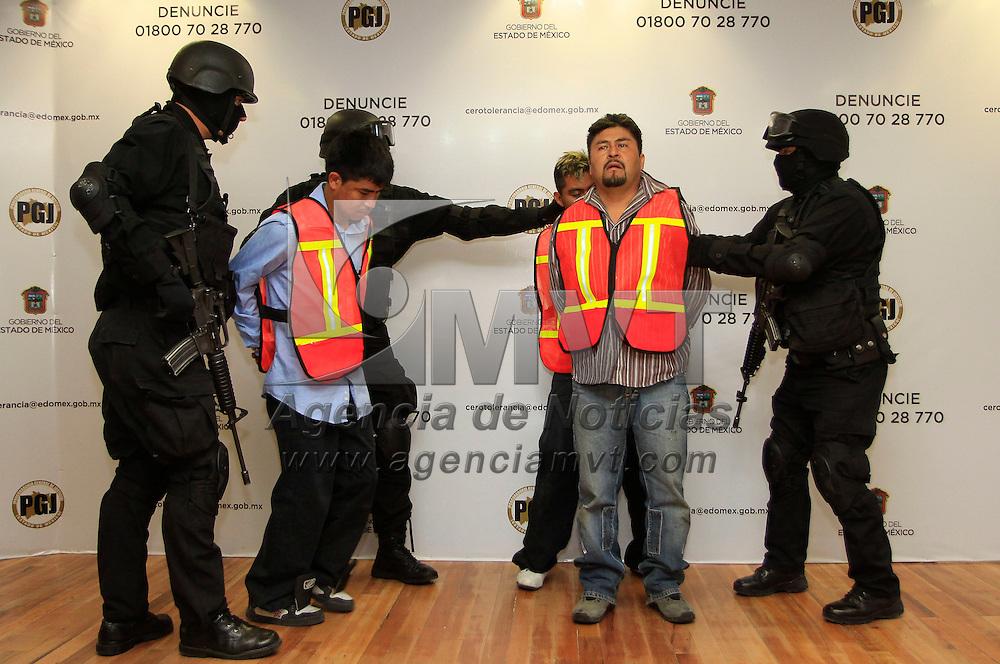 Toluca, México.- La Procuraduría General de Justicia del Estado de México informó sobre la detención de 6 integrantes de una banda de secuestradores  que operaban en la zona oriente de la entidad. Agencia MVT / Crisanta Espinosa