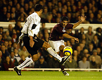 Photo: Chris Ratcliffe.<br />Arsenal v Sparta Prague. UEFA Champions League.<br />02/11/2005.<br />Jose Antonio Reyes (R) shoots for goal past Martin Hasek