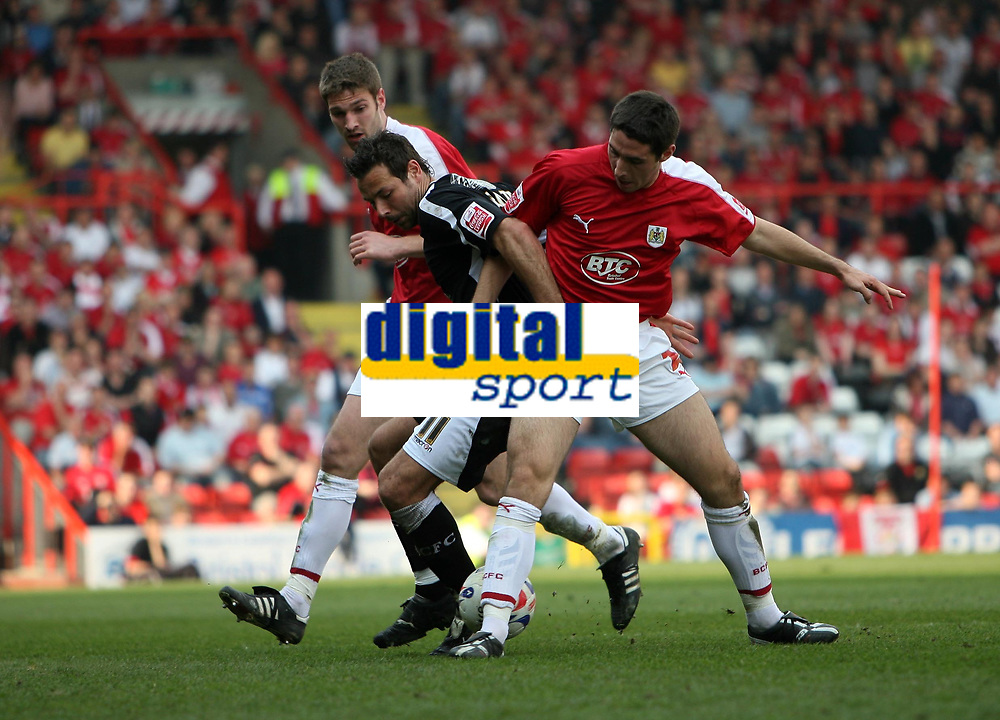 Photo: Rich Eaton.<br /> <br /> Bristol City v Swansea City. Coca Cola League 1. 07/04/2007. Pawell Abbott #11 of Swansea tussles with Bristols Jamie McCombe left and Bradley Orr right