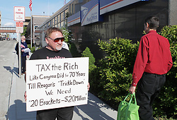 April 18, 2012 - USA - This file photo shows James Hodgkinson of Belleville protesting outside the United States Post Office in Downtown Belleville, Ill. (Credit Image: © Derik Holtmann/TNS via ZUMA Wire)