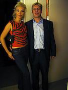 Tamara Beckwith and Jason. Yoo party. Hall Rd. London NW8. 28 September 2000. © Copyright Photograph by Dafydd Jones 66 Stockwell Park Rd. London SW9 0DA Tel 020 7733 0108 www.dafjones.com