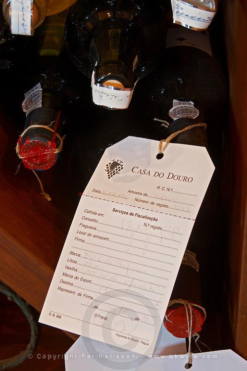 bottle with control label and wax seal quinta da gaivosa douro portugal