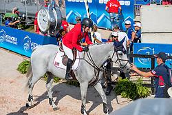 KRAUT Laura (USA), Zeremonie<br /> Tryon - FEI World Equestrian Games™ 2018<br /> 2. Qualifikation Teamwertung 2. Runde<br /> 21. September 2018<br /> © www.sportfotos-lafrentz.de/Stefan Lafrentz
