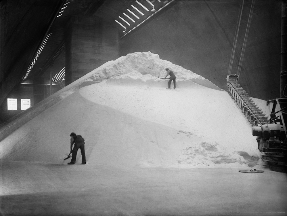 Workers Shoveling on Mound, Synthetic Ammonia & Nitrate Company, England, 1928
