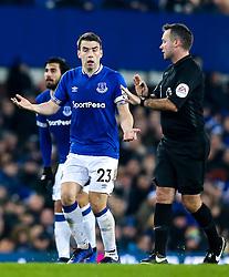 Seamus Coleman of Everton cuts a frustrated figure - Mandatory by-line: Robbie Stephenson/JMP - 23/12/2018 - FOOTBALL - Goodison Park - Liverpool, England - Everton v Tottenham Hotspur - Premier League