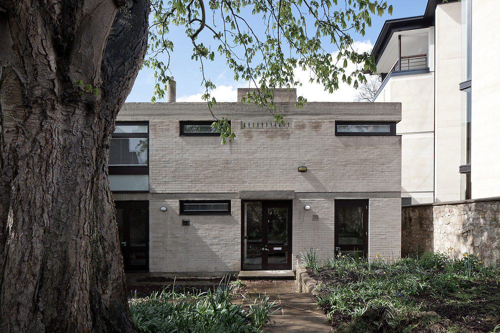 residential, design, 1960s architecture, building, concrete, brutalist, oxford, england, uk, blackhall road, st. johns college