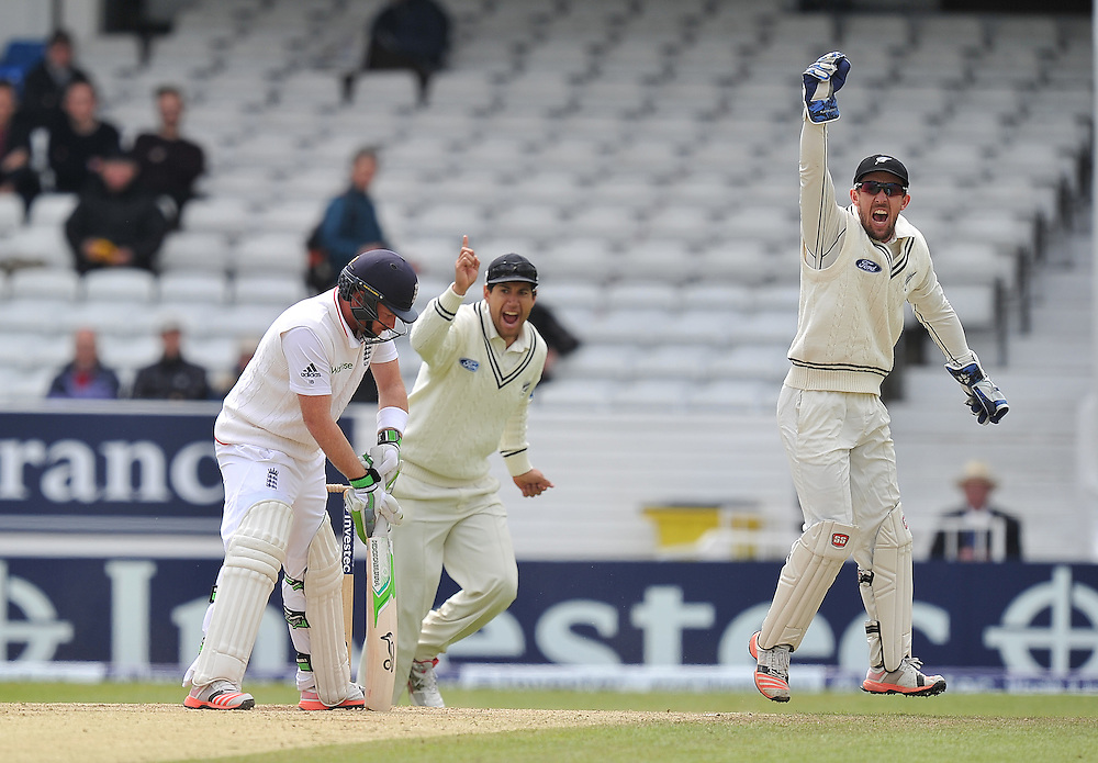 England's Ian Bell looses his wicket <br /> <br /> Photographer Dave Howarth/CameraSport<br /> <br /> International Cricket - 2nd Investec Test Match - England v New Zealand - Day 5 - Tuesday 2nd June 2015 - Headingley Cricket Ground, Leeds<br /> <br /> © CameraSport - 43 Linden Ave. Countesthorpe. Leicester. England. LE8 5PG - Tel: +44 (0) 116 277 4147 - admin@camerasport.com - www.camerasport.com