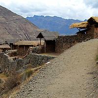 South America, Peru, Pisac. Inca Písac, terraced ruins at Pisac in the sacred Valley.