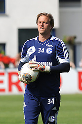 24.04.2014, Veltins Arena, Gelsenkirchen, GER, 1. FBL, Training Schalke 04, im Bild Torhueter Timo Hildebrand ( Schalke 04 ) // during a Trainingsession of German Bundesliga Club Schalke 04 at the Veltins Arena in Gelsenkirchen, Germany on 2014/04/24. EXPA Pictures © 2014, PhotoCredit: EXPA/ Eibner-Pressefoto/ Thienel<br /> <br /> *****ATTENTION - OUT of GER*****