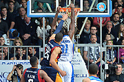 DESCRIZIONE : Cantù Lega A 2014-15Acqua Vitasnella Cantù Acea Roma<br /> GIOCATORE : Eric Williams<br /> CATEGORIA : Controcampo Schiacciata sequenza<br /> SQUADRA : Acqua Vitasnella Cantù<br /> EVENTO : Campionato Lega A 2014-2015<br /> GARA : Acqua Vitasnella Cantù Acea Roma<br /> DATA : 11/01/2015<br /> SPORT : Pallacanestro <br /> AUTORE : Agenzia Ciamillo-Castoria/I.Mancini<br /> Galleria : Lega Basket A 2013-2014  <br /> Fotonotizia : Cantù Lega A 2013-2014 Acqua Vitasnella Cantù Acea Roma<br /> Predefinita :
