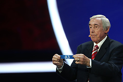 December 1, 2017 - Moscow, Russia - Draw assistant Gordon Banks during  the Final Draw for the 2018 FIFA World Cup at the State Kremlin Palace on December 01, 2017 in Moscow, Russia. (Credit Image: © Igor Russak/NurPhoto via ZUMA Press)