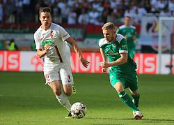 22.09.2018,1. BL, FC Augsburg vs Werder Bremen, WWK Arena Augsburg, Sport, im Bild:...Raphael Framberger (FC Augsburg) vs Florian Kainz (Bremen)...DFL REGULATIONS PROHIBIT ANY USE OF PHOTOGRAPHS AS IMAGE SEQUENCES AND / OR QUASI VIDEO...Copyright: Philippe Ruiz..Tel: 089 745 82 22.Handy: 0177 29 39 408.e-Mail: philippe_ruiz@gmx.de. (Credit Image: © Philippe Ruiz/Xinhua via ZUMA Wire)