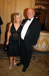 CHRIS & JANICE WRIGHT at the Cartier Racing Awards 2006 held at the Four Seasons Hotel, Hamilton Place, London on 15th November 2006.<br /><br />NON EXCLUSIVE - WORLD RIGHTS