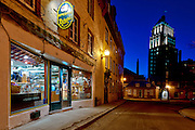 Blue hour on epicerie fine Richard and edifice price, Québec city, Canada<br /> Heure bleue a l'epicerie fine Richard et edifice price, rue des Jardins, ville de Québec, Canada