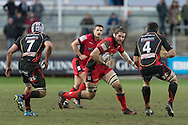 Ben Toolis of Edinburgh looks to attack the gap between Nick Crosswell (r) and Ollie Griffiths (l) of the Newport Gwent Dragons. Guinness Pro12 rugby match, Newport Gwent Dragons  v Edinburgh rugby at Rodney Parade in Newport, South Wales on Sunday 27th November 2016.<br /> pic by Simon Latham, Andrew Orchard sports photography.