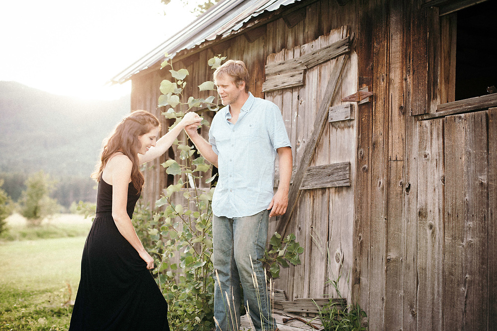 carl and becky wed at priest river, idaho