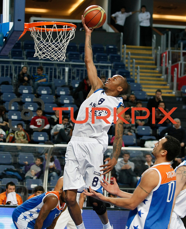 Anadolu Efes's Terence Kinsey (C) during their Turkish Basketball League match Anadolu Efes between Mersin BSB at Sinan Erdem Arena in Istanbul, Turkey, Saturday, January 14, 2012. Photo by TURKPIX