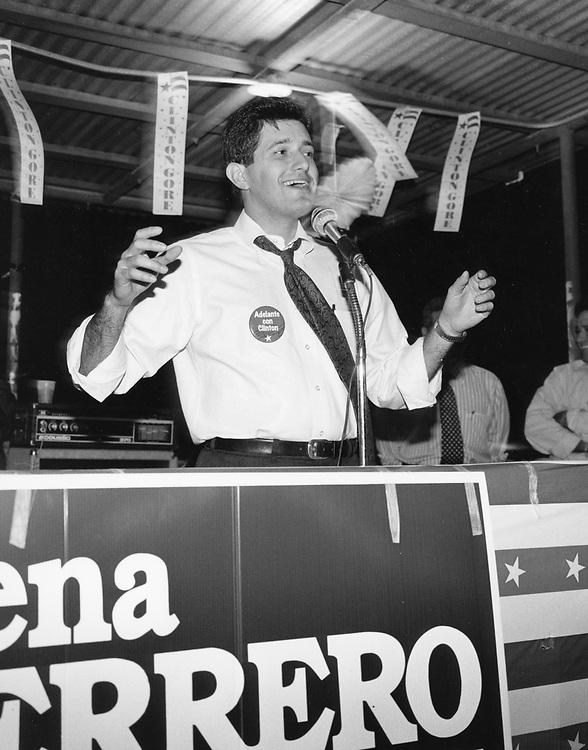 ©1992 Hispanic politician Richard Raymond, D-Laredo at a pachanga